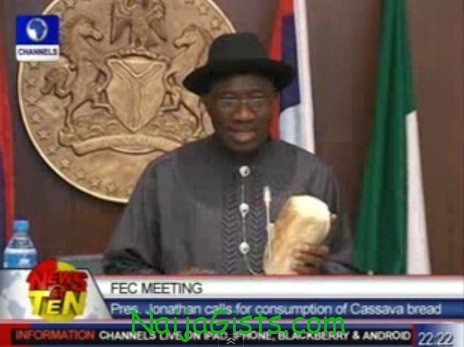 GEJ THAT CASSAVA BREAD VIDEO Starring your President GoodLuck Jonathan :D