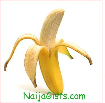 ISLAMIC CLERIC BANS WOMEN FROM TOUCHING BANANAS BECAUSE THEY LOOK LIKE THE MALE PENIS
