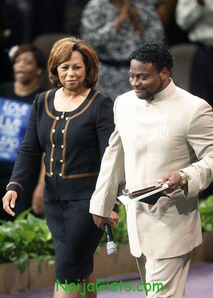 bishop eddie long wife files for divorce
