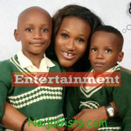 Sumnbo ajaba and 2face kids