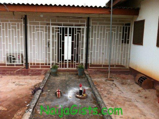 uniben registrar residence coffin and juju 1