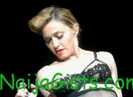 madonna exposes herself during performance