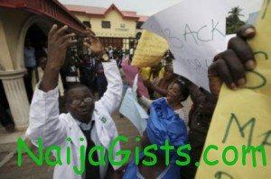 lagos doctors to resume work on wednesday