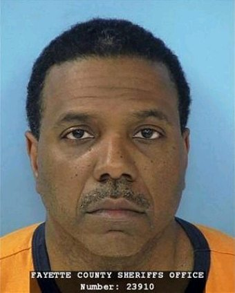 pastor creflo dollar arrested