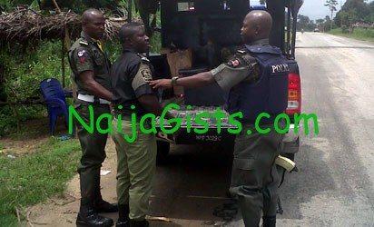 mopol arrested ilegal road blocks