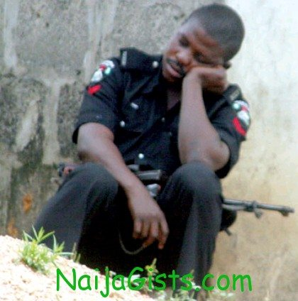 nigerian police sleeping on duty