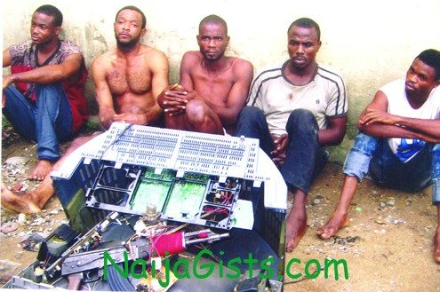 armed robbery lagos islands