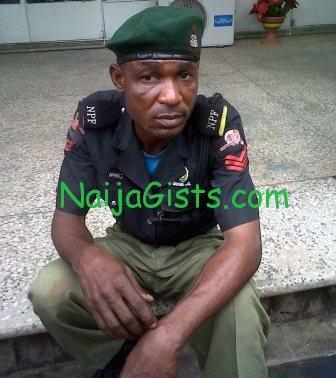 fake nigerian policeman