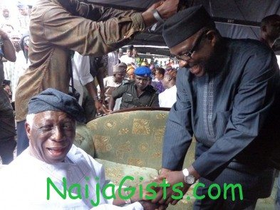 Omololu Olunloyo joins acn