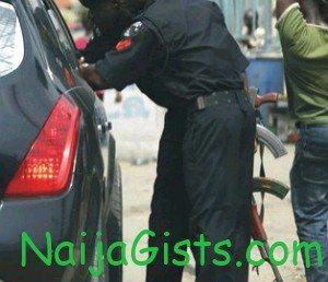 nigerian police officer arrested