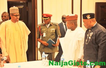 nigerian governor demands fresh bailout fund