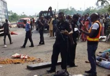18 killed lagos ibadan expressway last night