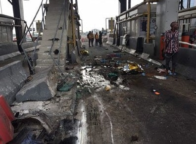 fatal accident lekki toll gate lagos sunday