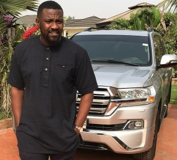 john dumelo donates borehole water pump to school