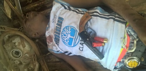 armed robbers falls ditch dies abeokuta