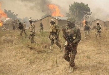 pictures of nigerian soldiers fighting boko haram