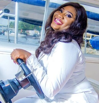 nollywood actress pregnant for family frirend
