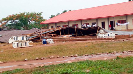 nysc lecture hall collapse rainfall okada edo state