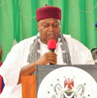 taraba governor makes youths millionaires