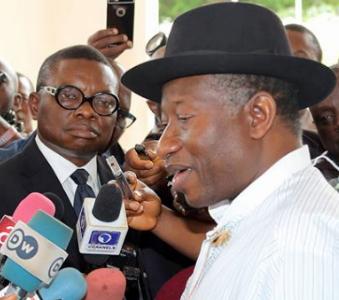 jonathan mocks nigeria