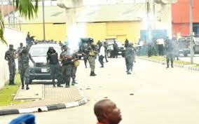 police clash soldiers aba abia state
