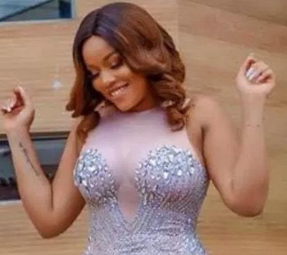 nollywood actress never wears bra