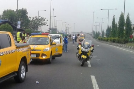 truck crushes man costain lagos