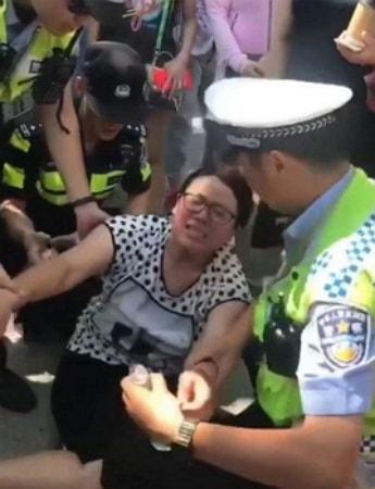 woman attack husband mistress china