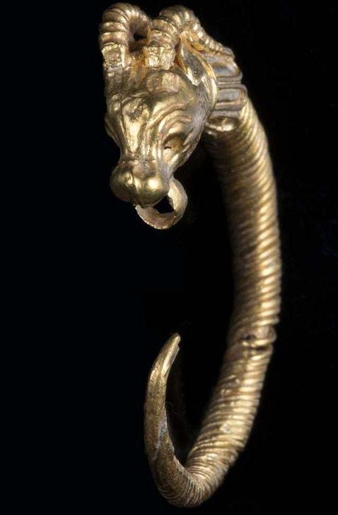 2000 year old earring jerusalem