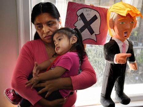 judges orders plane carrying El Salvadorians back into US