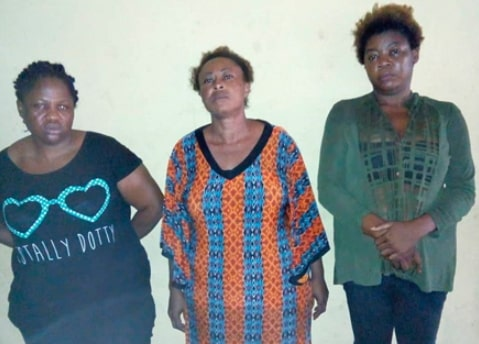 women stealing selling children