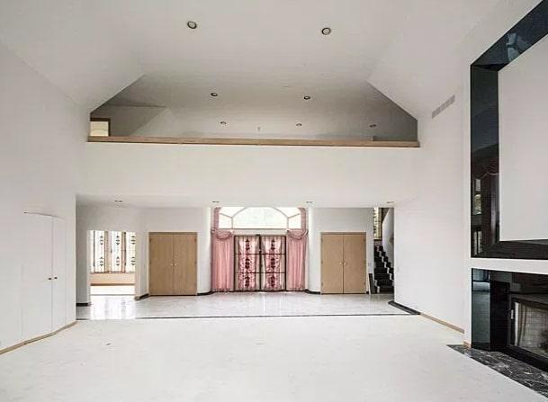 aretha franklin estate sale $800K