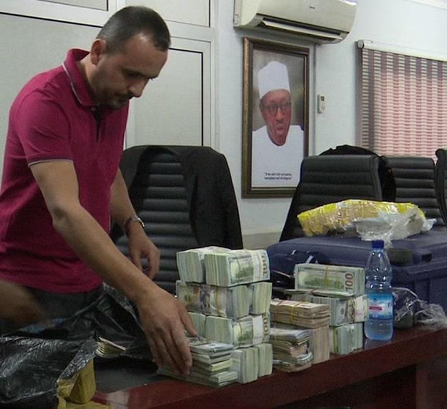 lebanese business man arrested 940million naira abuja airport2
