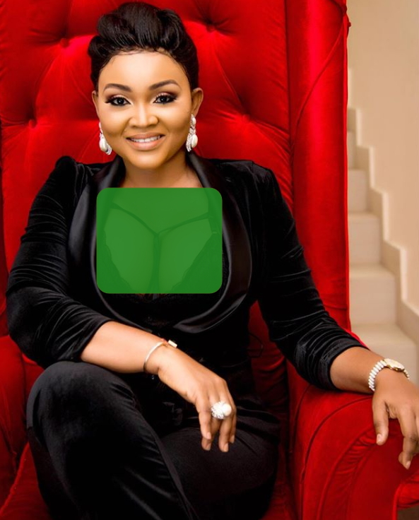 mercy aigbe exposes breasts