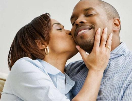 nigerian man use american woman citizenship