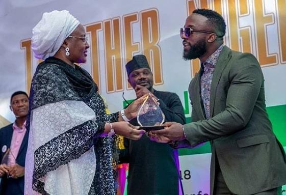 iyanya award aisha buhari