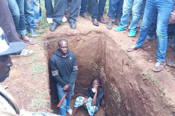 wife jumps husband grave protest release killer