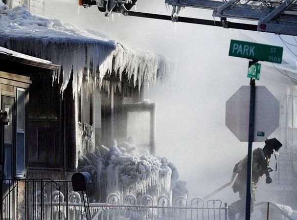 12 die frostbite us temperature colder antartica