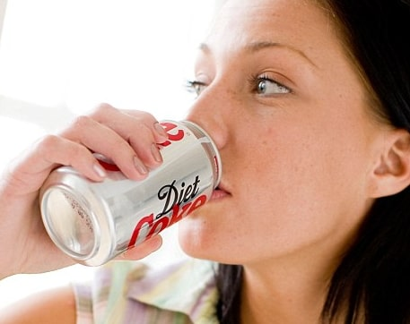 drinking directly from can infection