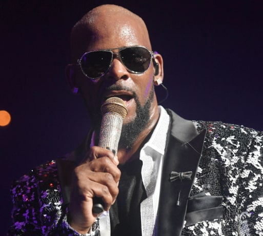 sony blocks r kelly new albums