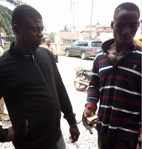 nigerian policeman supplying arms criminals