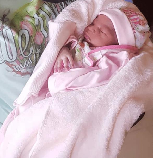 biola adekunle baby girl