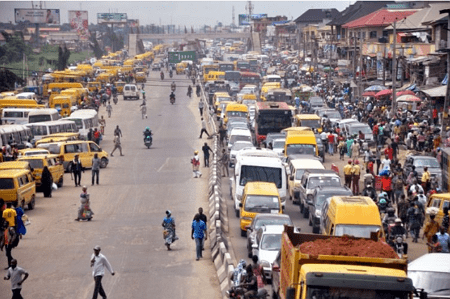 roadside parking street trading traffic jam lagos