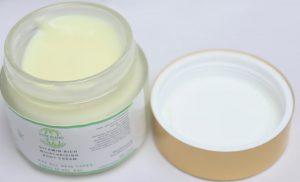 Multi Vitamin Body Moisturizing Cream By Pure Blend Naturals