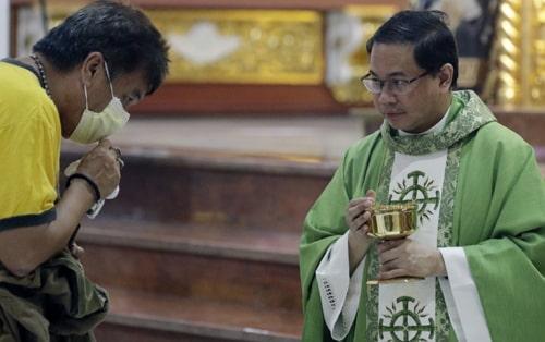 67 catholic priests die of coronavirus italy