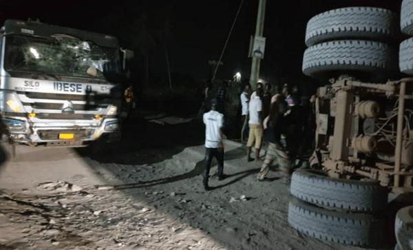 dangote truck kills taxi driver passengers